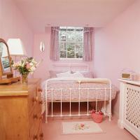 kitty-bedroom14