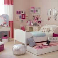 kitty-bedroom24