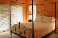 bedroom-orange-terracota2