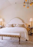 bedroom-white12
