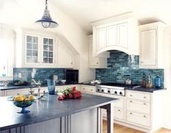color-accents-in-white-kitchen8