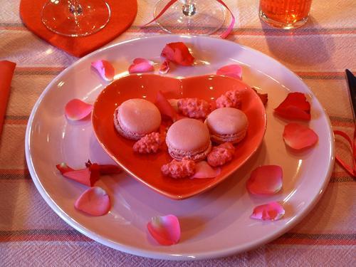 table-set-love-apple8