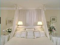 romantic-bedroom-in-white2