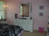 cool-teen-room-hot-pink-black1-4