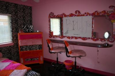 cool-teen-room-hot-pink-black6-1