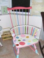 DIY-paint-furniture-sitting2