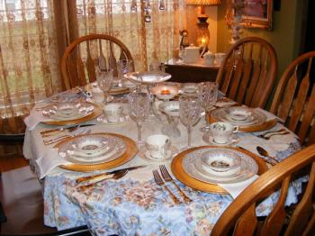 fall-table-set-theme-french-style1