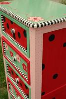 DIY-paint-furniture-for-kids3