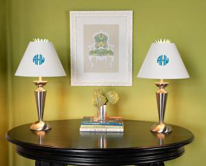 creative-monograms-lamp1