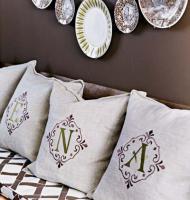 creative-monograms-pillow8