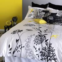 fashion-interior-2010trend2-yellow-black-white2