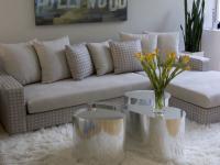 fashion-interior-2010trend8-mirror-furniture2