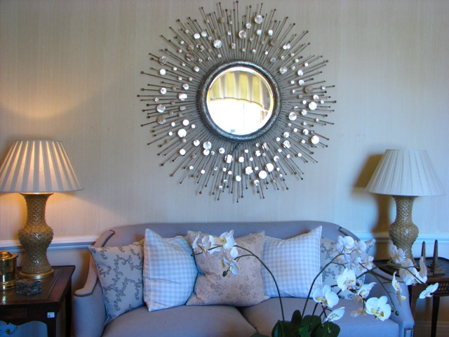 starburst-mirror-in-home21