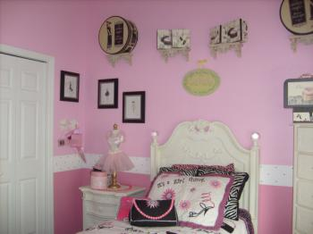 cool-teen-room-soft-pink1-1