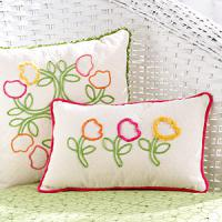 creative-pillows-ad-flowers7