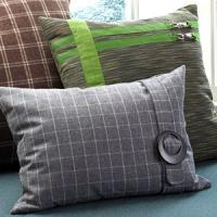 creative-pillows-ad-ribbon-n-trim5