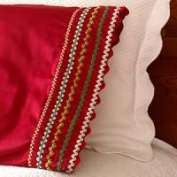 creative-pillows-ad-ribbon-n-trim9