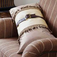 creative-pillows-fringe-n-drapery6