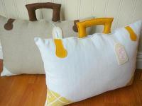 creative-pillows-funny9