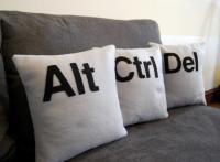 creative-pillows-monogram4