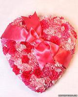 valentine-decor-candy-n-flowers7