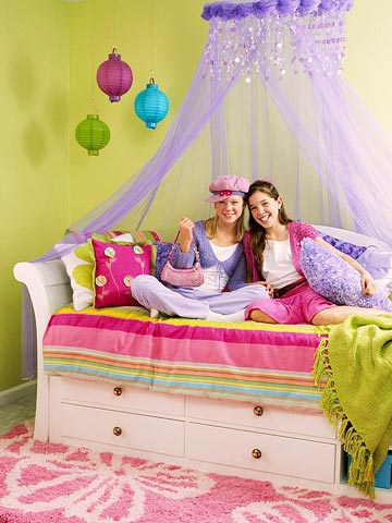 girl-candy-room-1-2-story-1-1