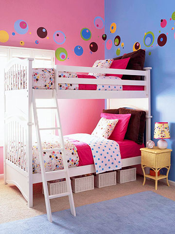 girl-candy-room-1-2-story-2-2