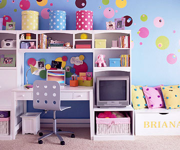 girl-candy-room-1-2-story-2-4