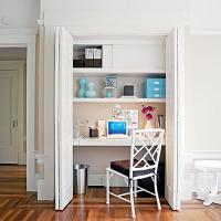 mini-home-office-in-closet2-1