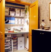 mini-home-office-in-closet6