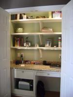 mini-home-office-in-closet8