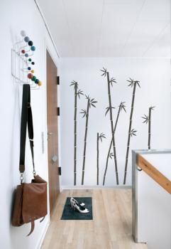 black-stickers-decor-hall1