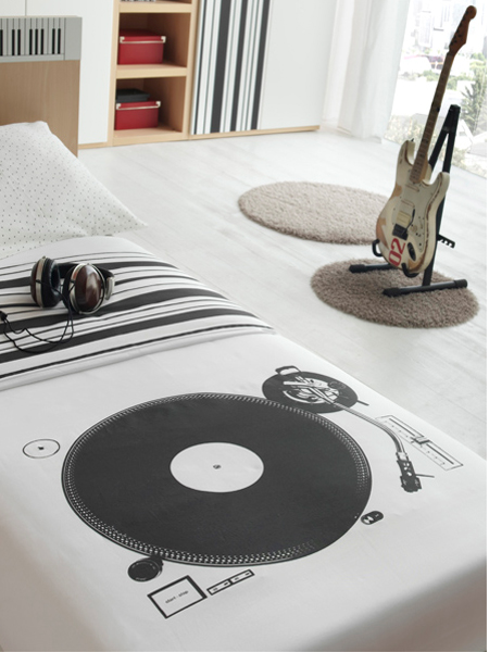 cool-music-theme-room-for-boys1-3
