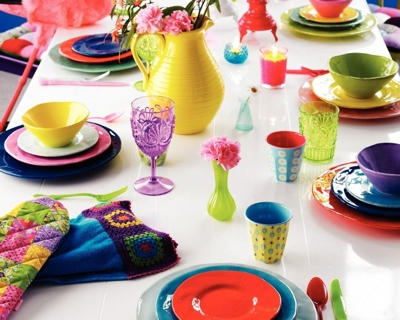 spring-table-setting-trend8-tropical