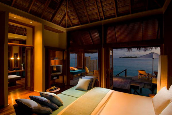 luxury-bedroom-ocean-view10