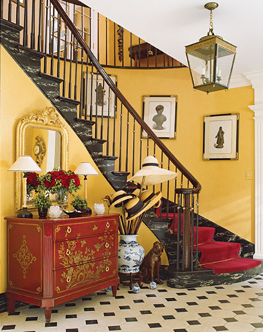 traditional-decor-for-foyer