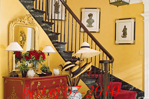 best2-traditional-decor-for-foyer
