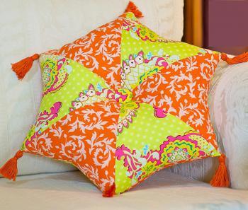DIY-3-pretty-pillows2