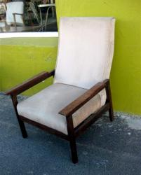 DIY-upgrade-arm-chair-upholstery-vintage7a-before