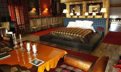 french-hotel-saint-hilaire-2-highland
