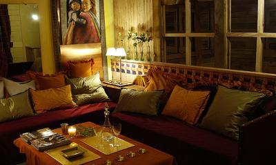 french-hotel-saint-hilaire-salon1