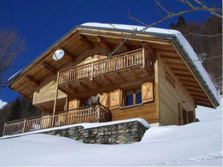 country-houses-in-chalet-style5