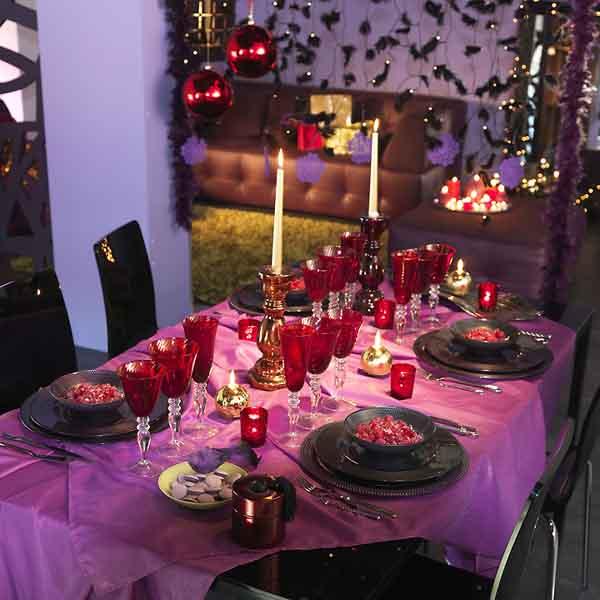 fashionable-table-set-for-xmas