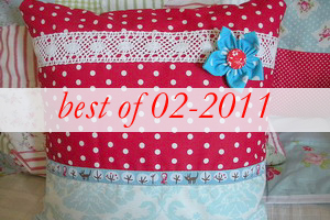 best9-vintage-pillow-by-andreia