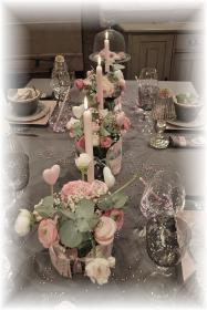 retro-rose-zephyr-and-grey-table-set19