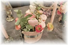 retro-rose-zephyr-and-grey-table-set24