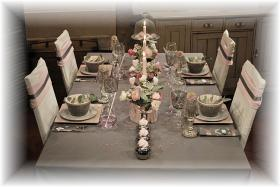 retro-rose-zephyr-and-grey-table-set26