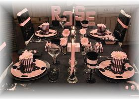 french-chic-table-set-in-rose-and-black1