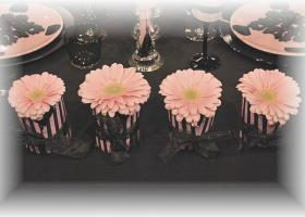 french-chic-table-set-in-rose-and-black18