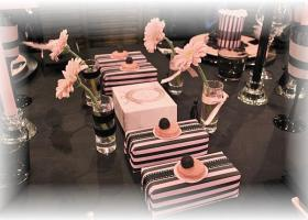 french-chic-table-set-in-rose-and-black5